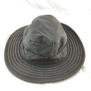 Columbia booney hat gray grey brim chin strap